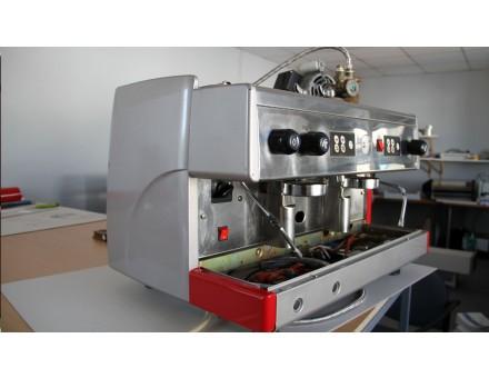 odstrojený kávovar pred polepom do fólie